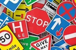 Các biển hiệu giao thông trong tiếng Nhật