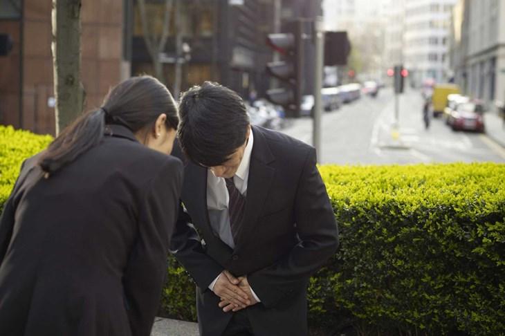 6 cách sử dụng hai cách xin lỗi sumimasen và gomennasai - ảnh 1
