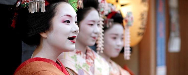 Nhuộm răng đen tại Nhật Bản - Văn hóa Nhật Bản