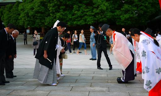 Những vấn đề cần lưu ý trong việc sử dụng kính ngữ tiếng Nhật